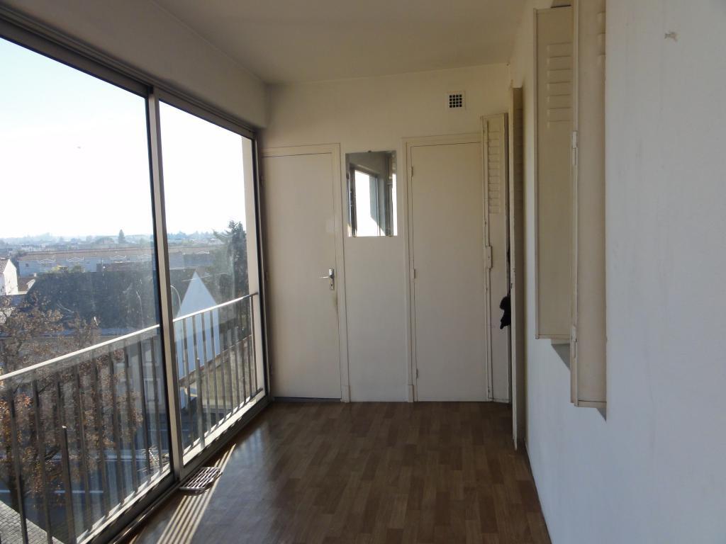 vente appartement t3 avec loggia arc en ciel immobilier. Black Bedroom Furniture Sets. Home Design Ideas
